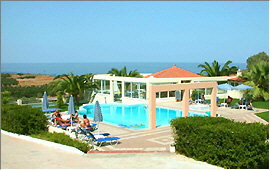 Swimming pool, pool bar and pavillon